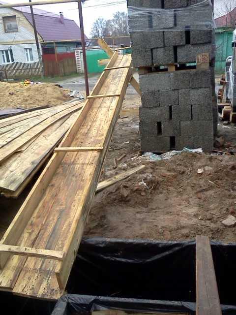 Подача бетона лотками вентиляционный блок из керамзитобетона